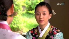 """Iljimae(Hangul:일지매;hanja:一枝梅;RR:Iljimae; literally """"One blossom branch"""") is a 2008 South Koreanperiod-action television series, starringLee Joon-giin the title role of Iljimae,Han Hyo-joo,Lee Young-ahandPark Si-hoo.It is loosely based on thecomic stripIljimae, published between 1975 and 1977, written by Ko Woo-young based onChinese folklorefrom theMing dynastyabout a maskedRobin Hood-esque character during theJoseon era.한효주"""