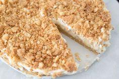 Ben jij fan van Appelkruimeltaart én van Cheesecake? Ik combineerde beide taarten en maakte er één goddelijke appelkruimelcheesecake van.