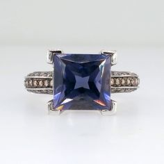 Gorgeous Valente Huge Princess Cut Tanzanite and Multi Colored Diamond Ring 18k | Antique and Estate Jewelry | JewelryFinds #diamondring #jewelry #tanzanite #coloredring