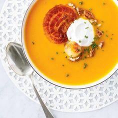 Sweet Potato and Roasted Onion Soup Quick Recipes, Fall Recipes, Crockpot Recipes, Soup Recipes, Healthy Recipes, Healthy Food, Ricardo Recipe, Sweet Potato Soup, Onion Soup