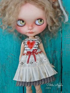 Blythe doll outfit *Loving heart* - OOAK vintage with heart appliqué