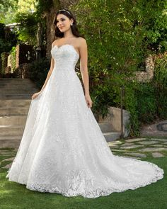 Wedding Dress 2414 Reagan by Casablanca Bridal - Search our photo gallery for pictures of wedding dresses by Casablanca Bridal. Find the perfect dress with recent Casablanca Bridal photos. Bridal Wedding Dresses, Dream Wedding Dresses, Bridesmaid Dresses, Wedding Dress Pictures, Dress Out, Perfect Wedding Dress, Ball Gowns, Casablanca, Blush