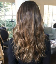 Long Wavy Ash-Brown Balayage - 20 Light Brown Hair Color Ideas for Your New Look - The Trending Hairstyle Brown Hair Balayage, Brown Ombre Hair, Brown Blonde Hair, Brown Hair With Highlights, Light Brown Hair, Hair Color Balayage, Brown Hair Colors, Balayage Highlights, Partial Balayage Brunettes