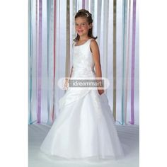 Little Girl Dress in White Taffeta and Organza