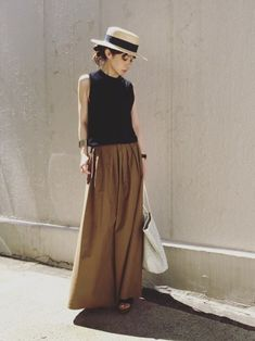 37 Top Women Skirt Outfits for this Season Fashion Mode, Japan Fashion, Look Fashion, Womens Fashion, Skirt Outfits, Chic Outfits, Fashion Outfits, Estilo Street, Look Street Style