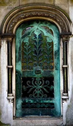 Tomb door - Brompton Cemetery - London - 2011 - Heba Zay photography - https://www.flickr.com/photos/hebazay/5824717251/