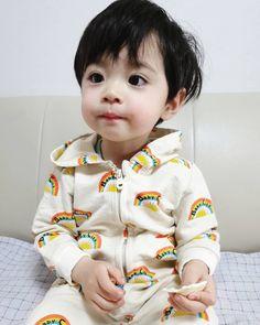 """""""Sono ah lu""""- y/n """"Ih ngusir cogan"""" -jisung """"누구세요? Cute Baby Boy, Dad Baby, Cute Little Baby, Little Babies, Cute Kids, Baby Kids, Kids Girls, Cute Asian Babies, Korean Babies"""