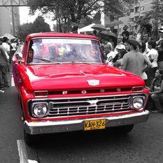 Medellín Clasic Cars Parade 28