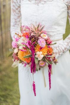 alternatives to wedding flowers Bridal Flowers, Flower Bouquet Wedding, Floral Wedding, Fall Wedding, Color Explosion, Foil Wedding Stationery, Winter Bouquet, Floral Bouquets, Bridal Bouquets