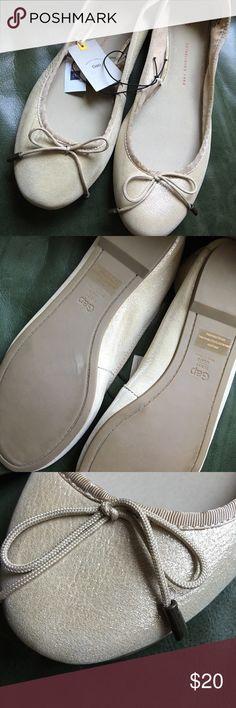 GAP Classic ballet flats Metallic Gold ballet flats GAP Shoes Flats & Loafers