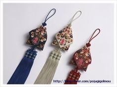 노리개 : 네이버 블로그 Korean Traditional, Traditional Fashion, Korean Crafts, Korean Design, Creative Textiles, Origami, Pretty Asian, Korean Art, Hair Jewelry