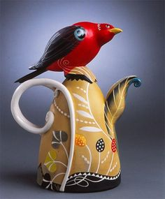 Scarlet Tanager Porcelain Teapot by Annette Corcoran Pottery Teapots, Teapots And Cups, Ceramic Teapots, Ceramic Pottery, Pottery Art, Kintsugi, Chocolate Pots, Ceramic Artists, Ikebana