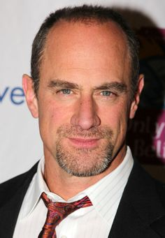 Underrated hotties: Christopher Meloni--THANK YOU COSMO FOR UNDERSTANDING