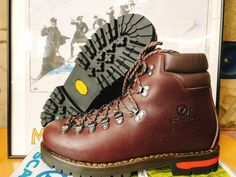 Tall Boots, Shoe Boots, Shoes Sandals, Mountaineering Boots, Fashion Shoes, Mens Fashion, Hiking Shoes, Bushcraft, Winter Boots