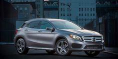 See how to effortlessly build your own 2015 GLA-Class on Instagram [video]