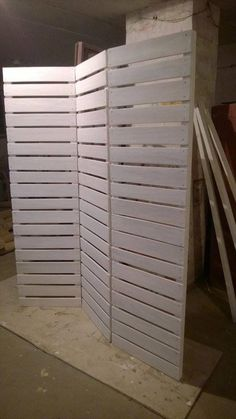 Wooden Pallets Room Divider | Pallet Furniture DIY