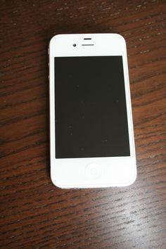 Gut erhalten Apple  iPhone 4 - 16GB - Weiß (Ohne Simlock) Smartphone