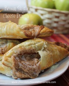 Brown Sugar Cheese Danish so easy to make and so good to eat #puffpastry #creamcheese