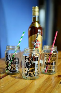 frasco - vaso frases vinilo y sorbete papel ñandutí deco Birthday Images, Birthday Quotes, Cena Show, Emoji Quotes, Ideas Para Fiestas, Candy Party, Mini Albums, Diy Gifts, Coffee Shop