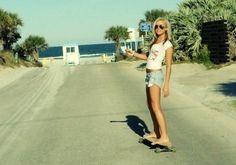 kinda wanna get a longboard or a skateboard this summer Pink Summer, Summer Of Love, Summer Vibes, Summer Swag, Summer Baby, Style Summer, Summer Nights, Summer 2014, Skate Girl