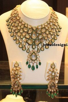 Look gorgeous wearing these beautiful precious Polki Jewellery designs. Check out various Kundan Polki Jewellery, earrings and necklace set wore by celebs. Indian Jewelry Sets, Indian Wedding Jewelry, India Jewelry, Bridal Jewelry, Gold Jewellery, Jewlery, Pakistani Jewelry, Jewelry Tree, Temple Jewellery