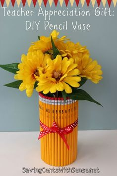 teacher gifts Easy and Inexpensive DIY Teacher Appreciation Gift Pencil Vase Easy Gifts, Homemade Gifts, Unique Gifts, Simple Gifts, Homemade Teacher Gifts, 5 Gifts, Cheap Gifts, School Gifts, Teacher Appreciation Gifts