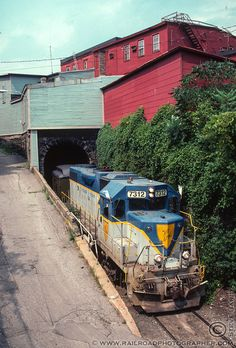 bellows falls vt - Google Search ONE OF THE FEW PLACES THE TRAIN ACTUALLY GOES UNDER THE TOWN