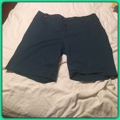 Merona Bermuda Shorts Merona plus dark teal blue sz 20 Bermuda shorts! Has a pull in the stitch in the back, please check picture. From a pet friendly and NON smoking home. Merona Shorts Bermudas