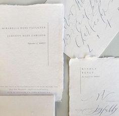 A gorgeous combination of sleek minimalist design and antique-inspired elegance. Designer unknown #weddinginvitations #oncewedstyle #weddinginspiration