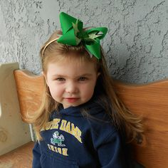"""Saint Patricks Day Headband  --- Luck of the Irish! Your little girl would be so """"lucky"""" have this St. Patrick's Day headband. Using the Mini #Bowdabra and Hair Bow Tool & Ruler create a beautiful and festive St. #Patrick's Day #hairbow accessory."""