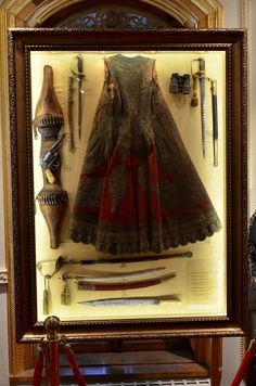 Armor and weapons etc from Yildiz Palace, Turkey. Antique Display Cabinets, Diorama, Palace, Weapons, Turkey, Museum, History, Antiques, Weapons Guns