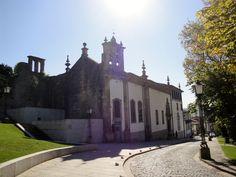 Igreja e Convento do Carmo (Guimarães, Portugal) http://momentosemcapsulas.blogspot.pt/2014/07/guimaraes-cidade-monumental.html