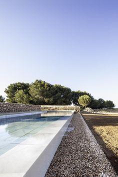 Galería de Arquitectura y Paisaje: Piscina en Formentera por Marià Castelló Martínez - 17 Outdoor Lounge, Outdoor Pool, Outdoor Gardens, Outdoor Living, Ibiza, Ideas De Piscina, Living Pool, Pool Water Features, Modern Pools