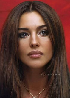 Monica Bellucci, Beautiful Girl Image, Most Beautiful Women, Beautiful Celebrities, Beautiful Actresses, Italian Actress, Brunette Beauty, Pure Beauty, Hollywood Celebrities