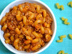 A super easy, filling, and flavorful American Classic. This Chili Cheese Beef n' Mac is 100% homemade with real ingredients. Step by step photos.