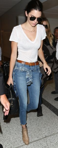 Kendall Jenner paired her t-shirt with skinny jeans and rad booties