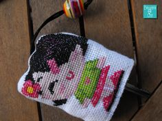 Portachiavi ricamato   Beware of Cat    embroidered keychains