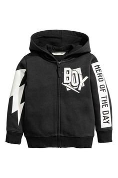 Jacket in printed, soft sweatshirt fabric with a jersey-lined hood, zip down the front, side pockets and ribbing at the cuffs and hem. Boys Hoodies, Boys T Shirts, Mens Sweatshirts, Toddler Fall Fashion, Kids Fashion Boy, Black Baby Boys, Black Kids, Toddler Outfits, Boy Outfits