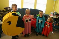 Costume Party. Cool family costume idea!