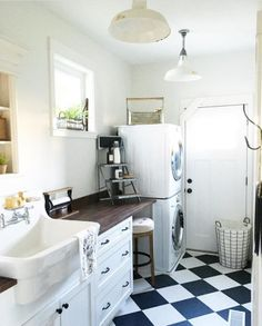 Farmhouse Mud Room and Laundry Room Farmhouse Kitchen