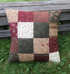 Northern Country Quilted Pillow Cover by scarecrowcabin on Etsy … Sewing Pillows, Diy Pillows, Decorative Pillows, Throw Pillows, Patchwork Pillow, Quilted Pillow, Cushion Covers, Pillow Covers, Quilting Projects