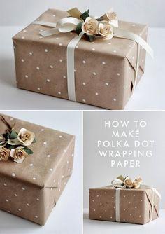 DIY: Polka dot wrapping paper