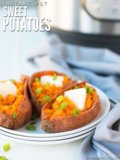 Make perfect Instant Pot sweet potatoes for a casserole, mashed potatoes, hash, soup, homemade baby food - you name it. It's an easy way to meal prep for the week (Yes! These freeze great! How many times have you wanted more nutritious sweet potatoes in Healthy Breakfast Recipes, Lunch Recipes, Baby Food Recipes, Healthy Dishes, Healthy Recipes, Warm Food, Homemade Baby Foods, Meal Prep For The Week, Slow Cooker Recipes