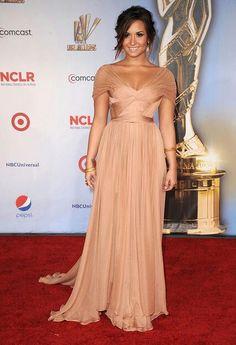 Love Demi's peach gown!