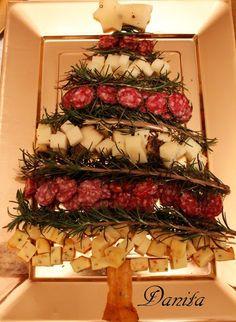 Buon anno!!!...con alberello di......formaggi e salumi