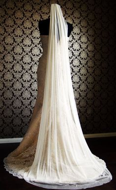 Natural Raw Silk Tulle Drape Veil with Cut Edge