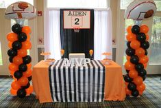 Infinite Event Decor 's Birthday / Basketball Theme - Aiden's Birthday Ball at Catch My Party Sports Theme Birthday, Basketball Birthday Parties, 10th Birthday Parties, Birthday Party Decorations, Basketball Party Favors, Basketball Cupcakes, 13th Birthday, Cake Birthday, Birthday Ideas