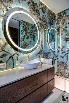 Modernes bad schwarze mosaik fliesen rosen g ste wc for Bisazza bathroom ideas