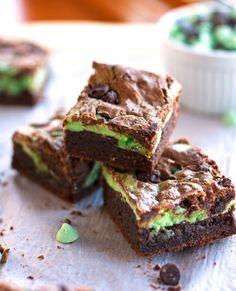 Mint Chocolate Cheesecake Brownies - @2Teaspoons