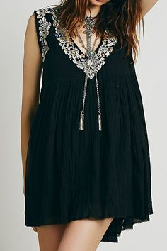 Bohemian Embroidery Sleeveless Dress